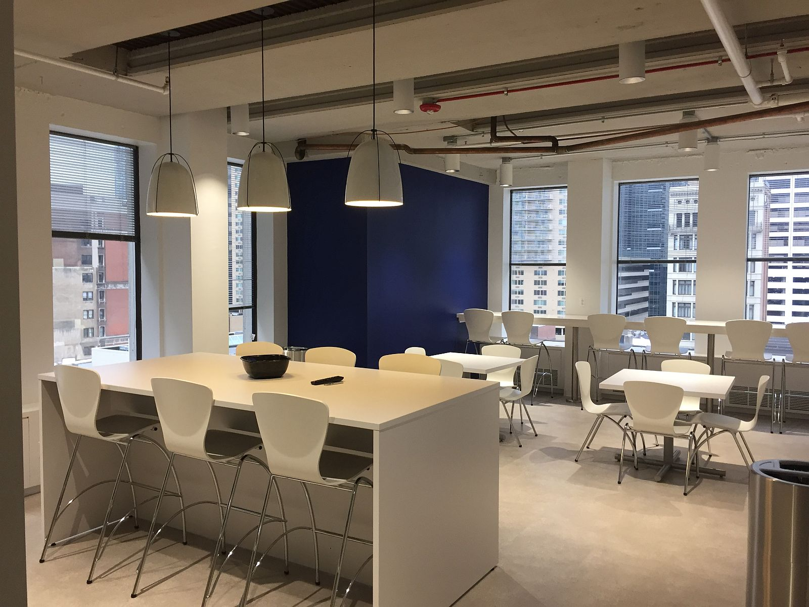 Corner space renovated for multi-use in office fit-out